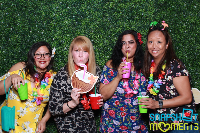 03-30-2019 - Karen and Natasha's Aloha 40th Birthday Bash_056.JPG