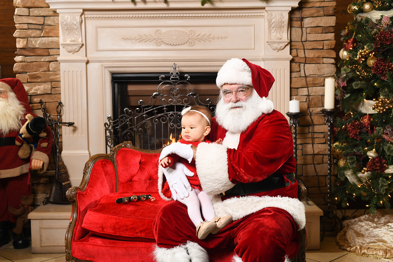Santa2018.TylerBoye.-209.jpg