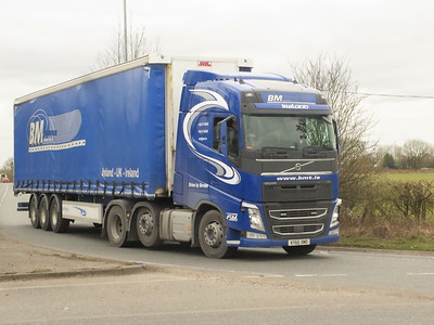 TRUCKS AT LYMM AND APPLETON THORN CHESHIRE MARCH 2021