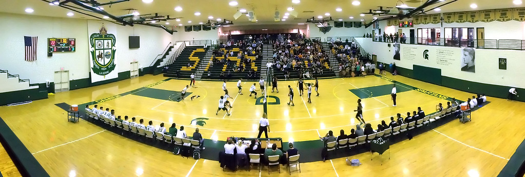 . Damien defeated Santa Fe 25-17, 25-19, 29-27 during a prep volleyball match at Damien High School in La Verne, Calif., on Wednesday, May 20, 2015. (Photo by Keith Birmingham/ Pasadena Star-News)