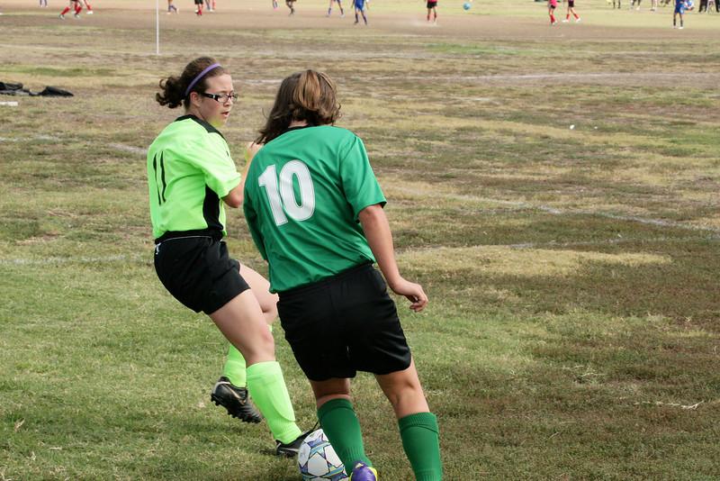 Soccer2011-09-17 11-10-36_3.JPG