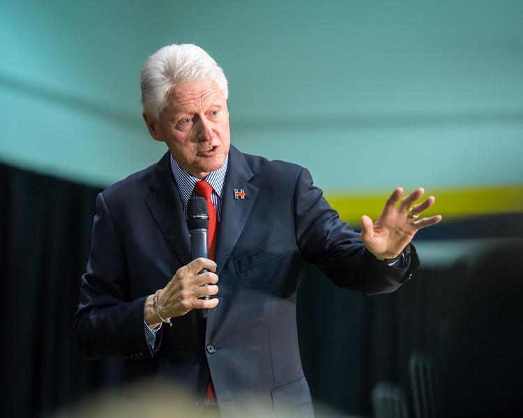 President Bill Clinton @ TCNJ 5-13-2016-51.jpg