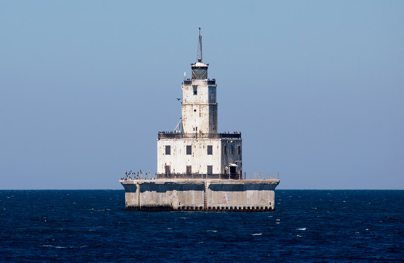 We pass the North Manatou Shoal Lighthouse.