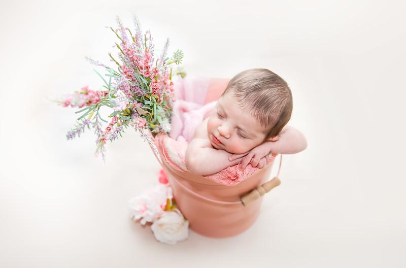 gggnewport_babies_photography_hoboken_at_home_newborn_shoot-4851-1.jpg