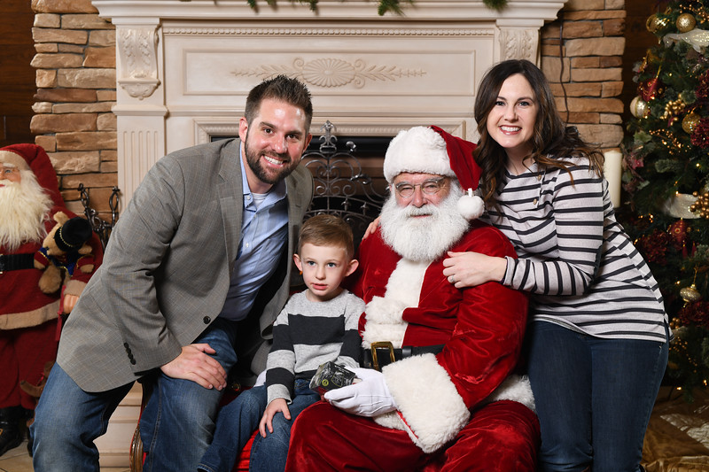 Santa2018.TylerBoye.-125.jpg