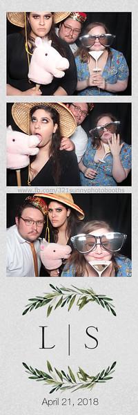 ELP0421 Lauren & Stephen wedding photobooth 103.jpg