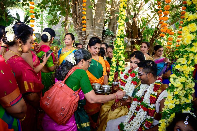 2019-12-Ganesh+Supriya-5518.jpg