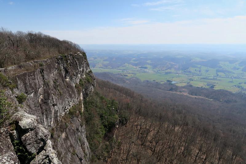 White Rocks/Sand Cave Loop -- Cumberland Gap NHP (3-26-16)
