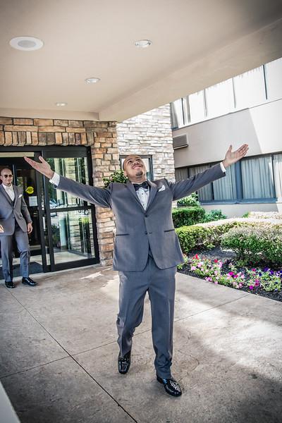 73_groom_ReadyToGoPRODUCTIONS.com_New York_New Jersey_Wedding_Photographer_JENA8886.jpg