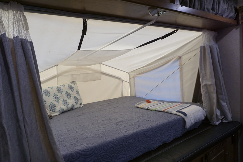 Blue-Springs-Campin g-68.JPG