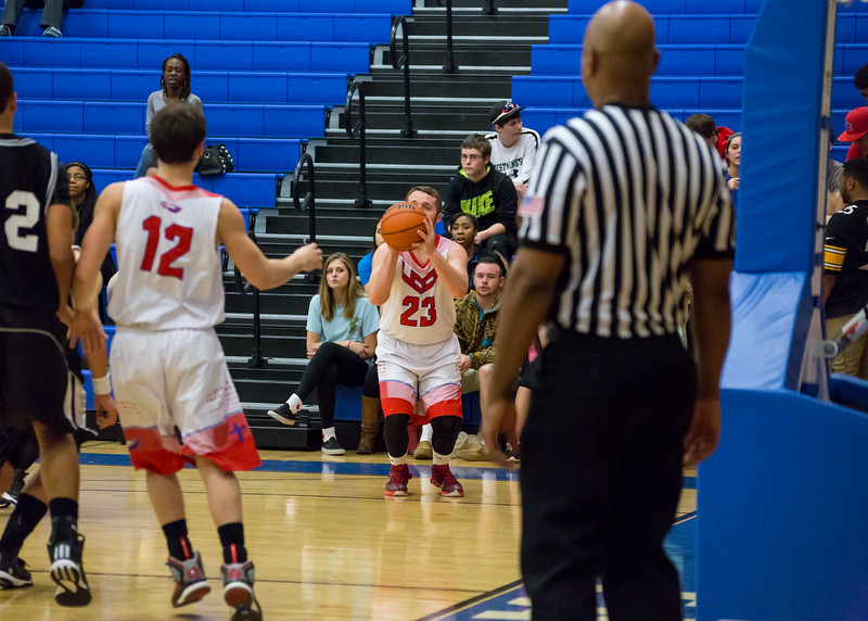 DSR_20150210Logan Fox BasketBall393.jpg