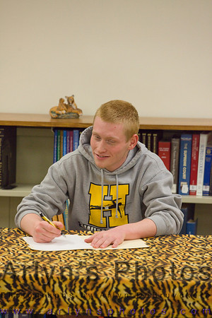 Hutch Swimming Signing