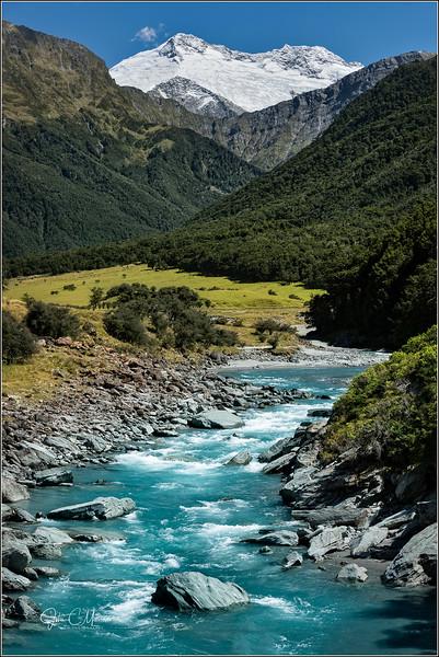 JM8_1787 Mt Creek LPN WM.jpg
