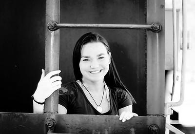 Liz - Senior Photos