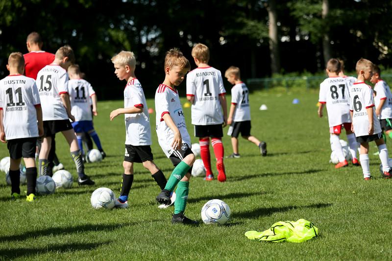 hsv_fussballschule-012_48047988693_o.jpg