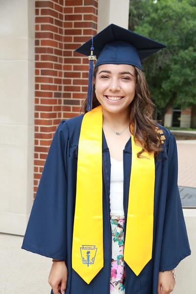 Deandra Graduation Shoot