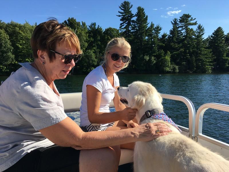 Lena, Martina och hunden