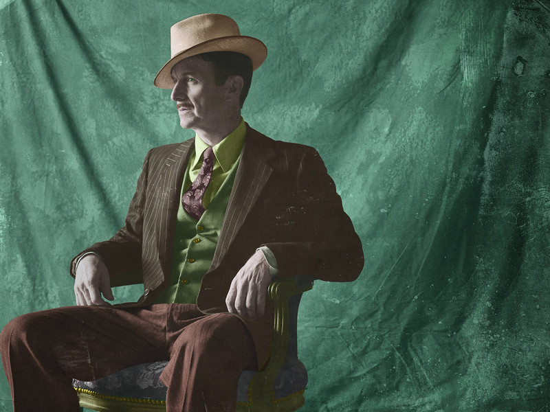 """. Denis O\'Hare as Stanley in FX\'s \""""American Horror Story.\"""" (Photo by Frank Ockenfels/FX)"""