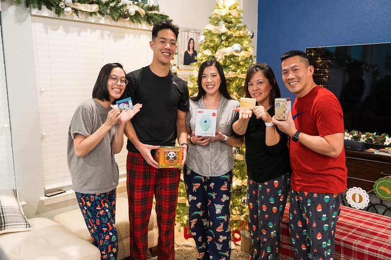 20191225_christmas-ho-family_057.jpg