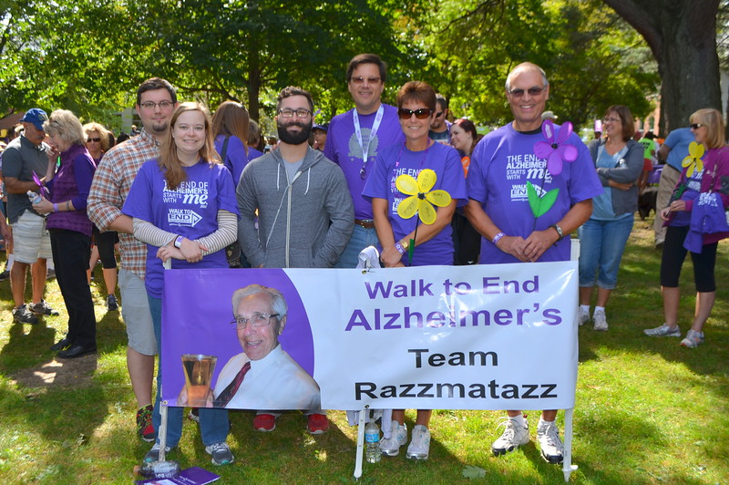 In this picture we are joined by Lynn Jackson who has a mother with Alzheimer's.  From the left are Edwin, Pamela and Kyle - all three supporting the cause.  Ed, Lynn and Laurence.