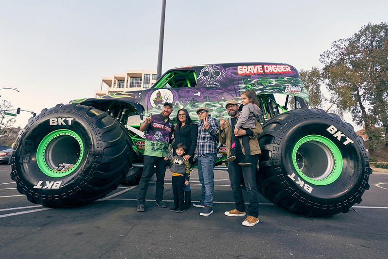Grossmont Center Monster Jam Truck 2019 200.jpg