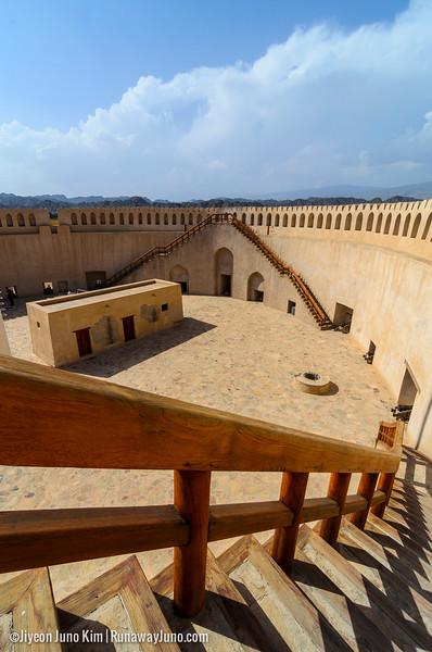 Oman-Nizwa fort-6927.jpg