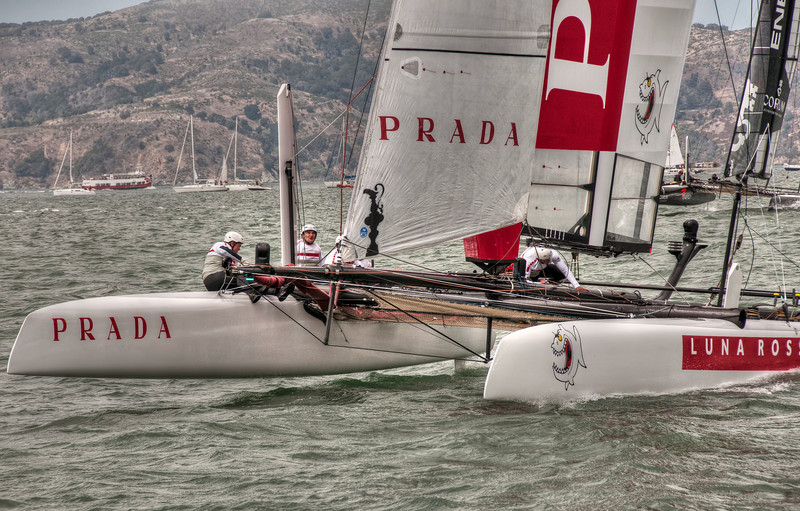 prada-sailing-boat-1.jpg