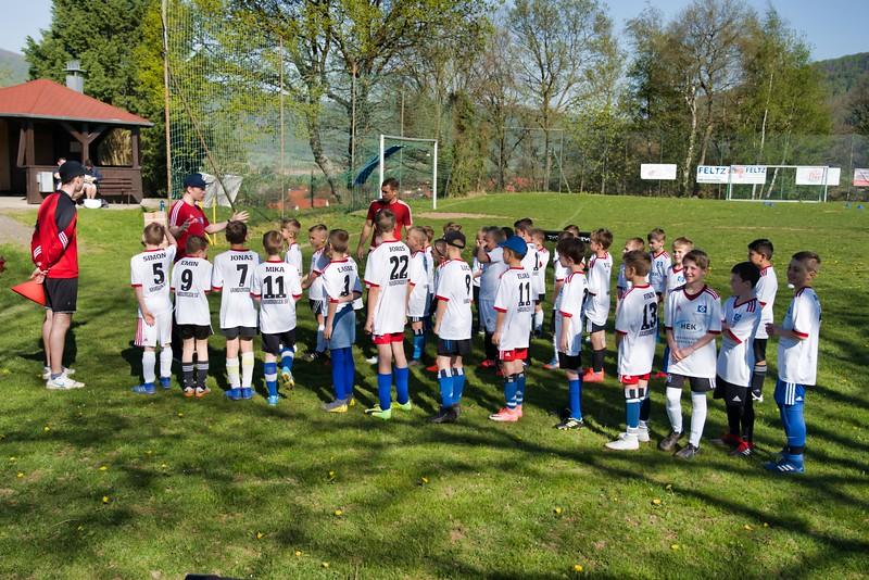 hsv-fussballschule---wochendendcamp-hannm-am-22-und-23042019-c-10_32787652037_o.jpg