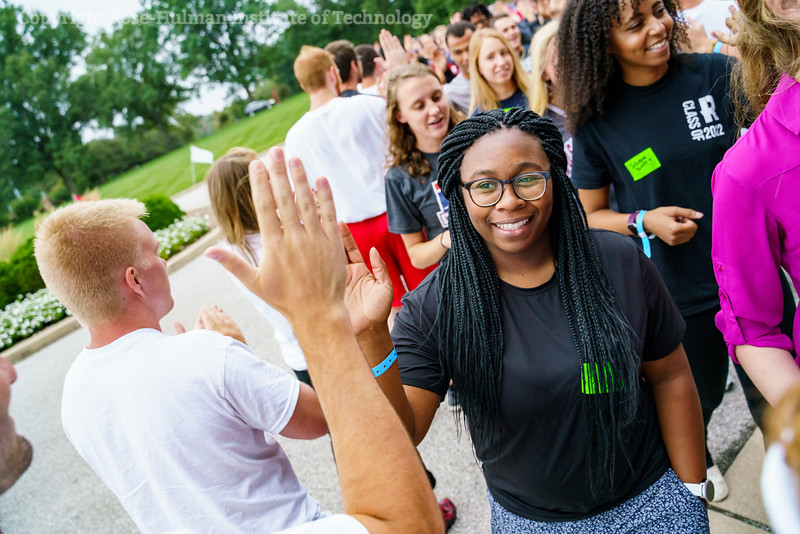 RHIT_Freshman_Orientation_2018_High_Five_Tunnel-0486.jpg