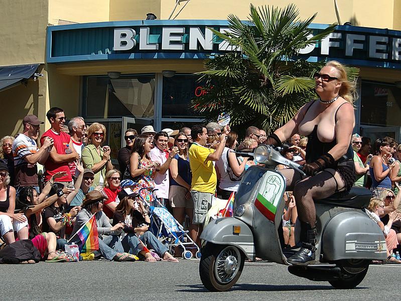 GayPrideParade-20070807-48A.jpg