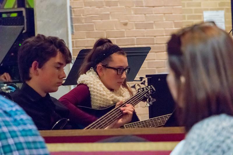 161216_362_Nativity_Youth_Choir-p-1.JPG