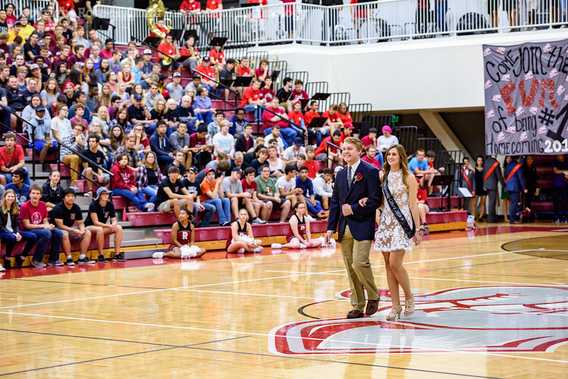 RHIT_Pep_Rally_Homecoming_2018-16866.jpg