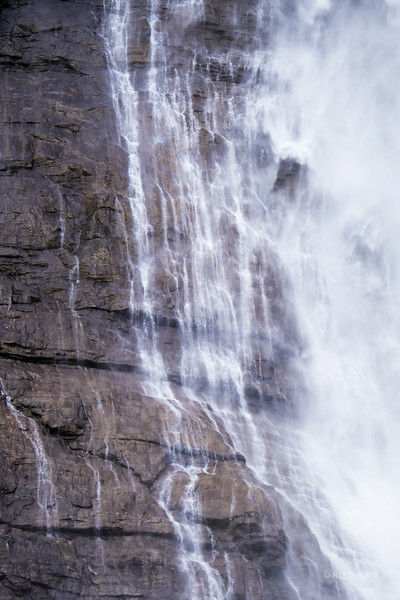 A close up view of the water on its interaction with the cliff face as it falls 1252 feet.