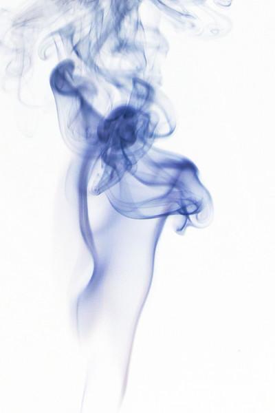 Smoke Trails 5~8620-1ni.