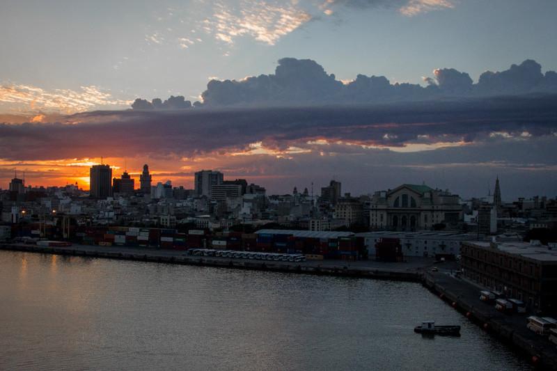 jan 29 - Montevideo sunrise.jpg
