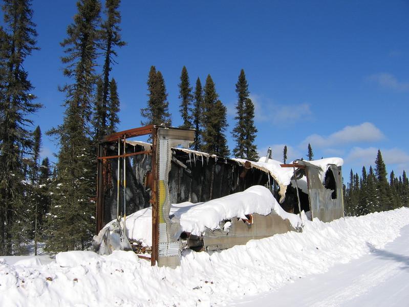 IMG_2760_winter_road_burned_trailer_resize.JPG