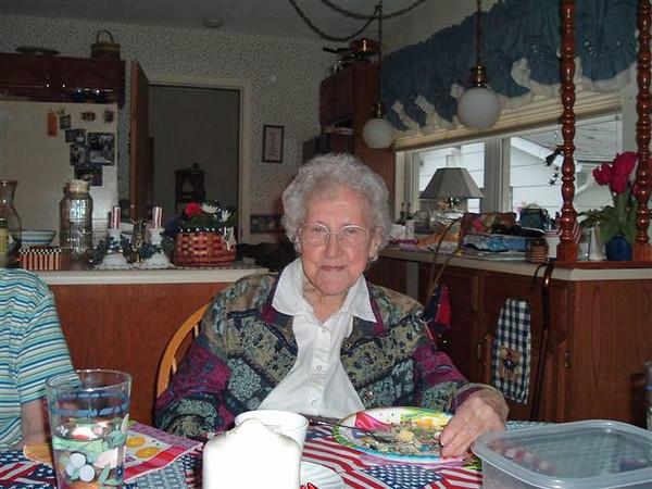 Thelma Nelson Eide Aug 2005.jpg