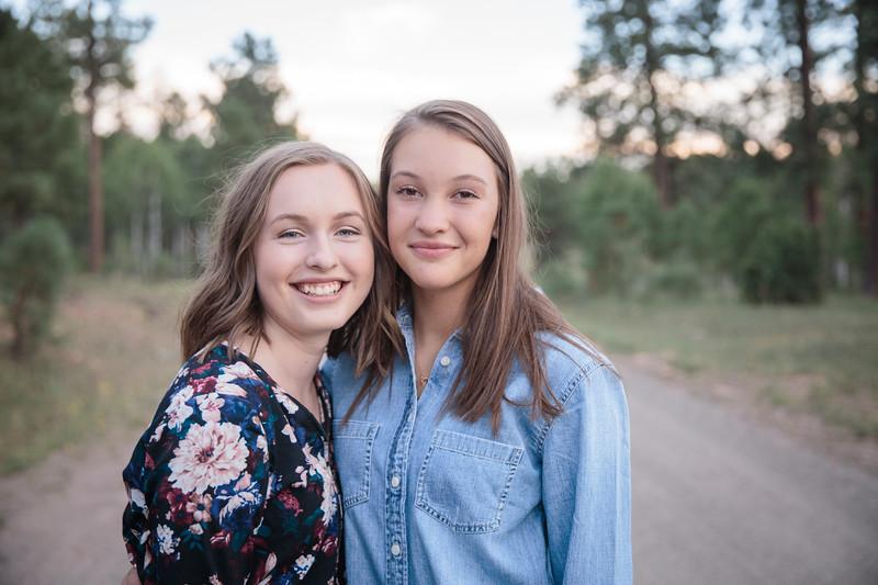 S E N I O R S | Class of 2019 Maddie and Izzy-28.jpg