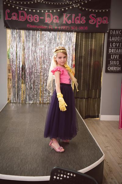 2020-0104-delaney-barbie-party-5.jpg
