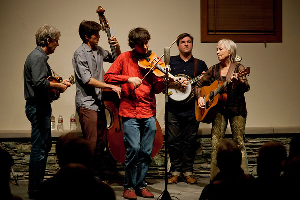 10-18-14: Laurie Lewis & the Right Hands