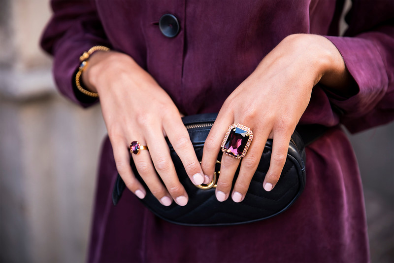 Alexa Cocktail Ring / Burgundy