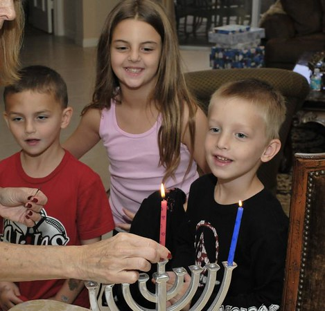2008-12-21 - 1st night of Hanukkah at Grandma's