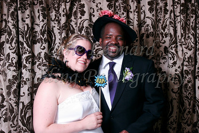 Nancy & Van photo booth