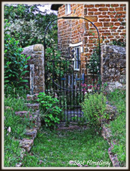 Heaven's Gate, Wroxton Village Cemetery  ©2008 FlorieGray