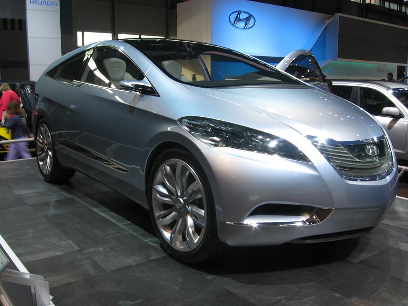 Concept car: Hyundai i-Blue Fuel Cell Electric