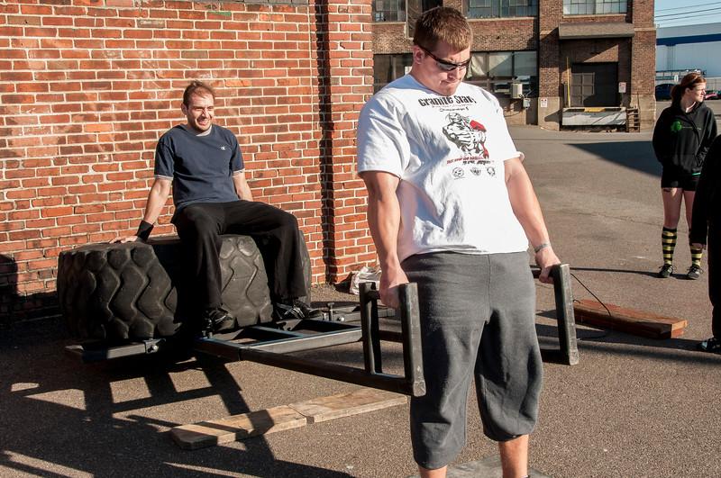 Strongman Saturday 11-10-2012 (Deadlift)_ERF0530.jpg