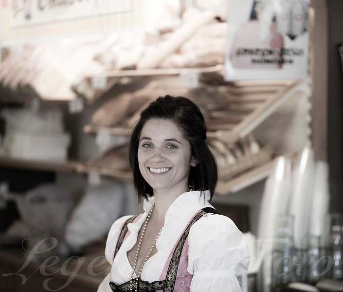 Carina Working Oktoberfest 2015