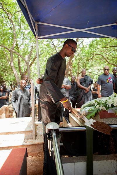 gamor_funeral-7061.jpg