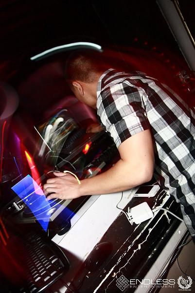 11/09 [Jonn Hart@ Studio 8]
