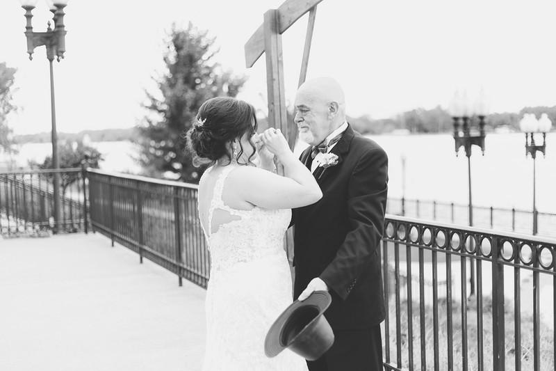 chateau-on-the-river-trenton-michigan-wedding-0093.jpg
